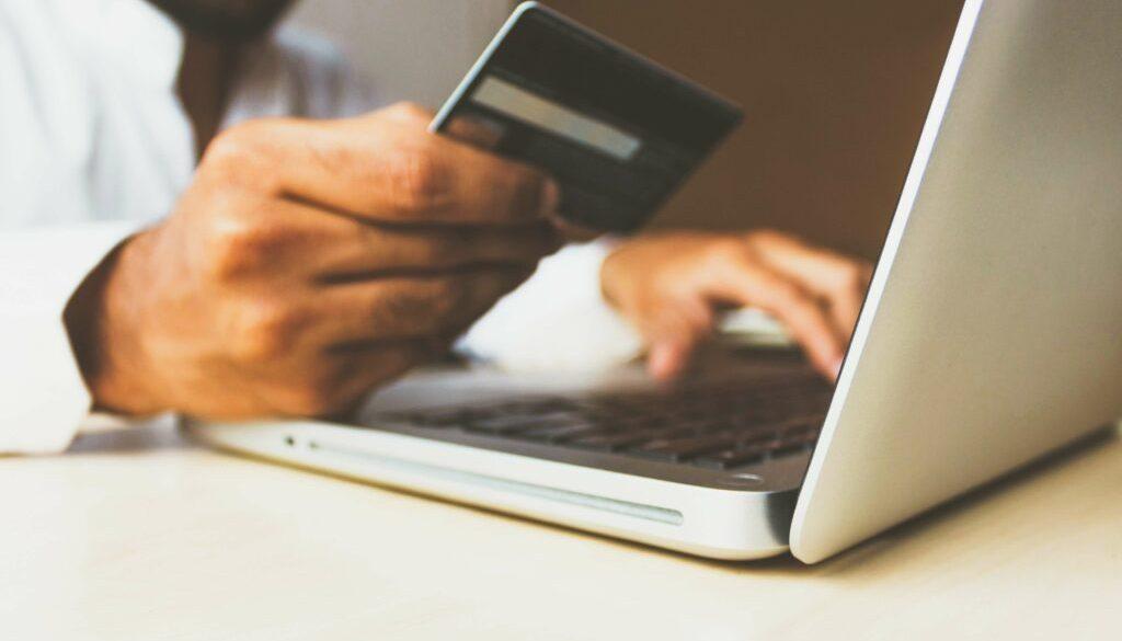 Sänk dina kostnader genom digitalisering